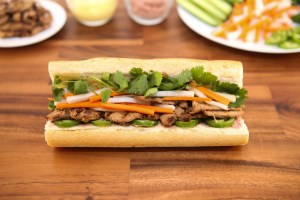 Grilled Pork Sandwich (Banh Mi Thit Nuong) | recipe from runawayrice.com