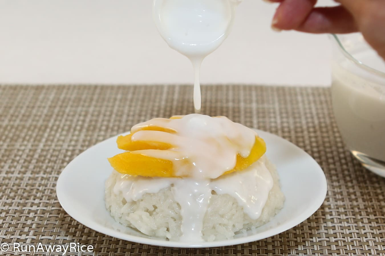 Coconut Sticky Rice and Mango | RunAwayRice