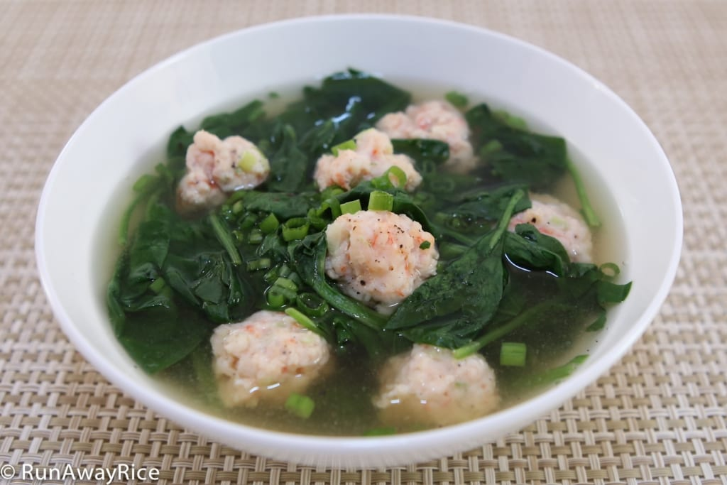 Spinach and Shrimp Balls Soup (Canh Rau Spinach voi Tom Vien) - Easy and Hearty Dish | recipe from runawayrice.com
