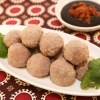 These tasty Vietnamese beef meatballs can be served as an appetizer with a dipping sauce or added to soups, noodles soups, stir frys and more!