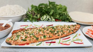 Asian-Style Baked Salmon (Cá Hồi Nướng) - Foolproof way to bake delicious salmon.   recipe from runawayrice.com