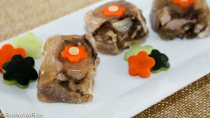 A savory meat jelly made with pork and wood ear mushrooms.
