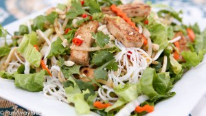 Refreshing vegetarian cold noodle salad...Dig in!