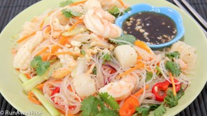 A refreshing noodle salad loaded with seafood!
