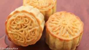 So beautiful and so scrumptious, these mooncakes are easy to make!