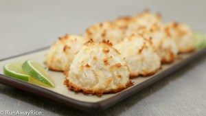 Easy to Make Coconut Macaroons | recipe from runawayrice.com