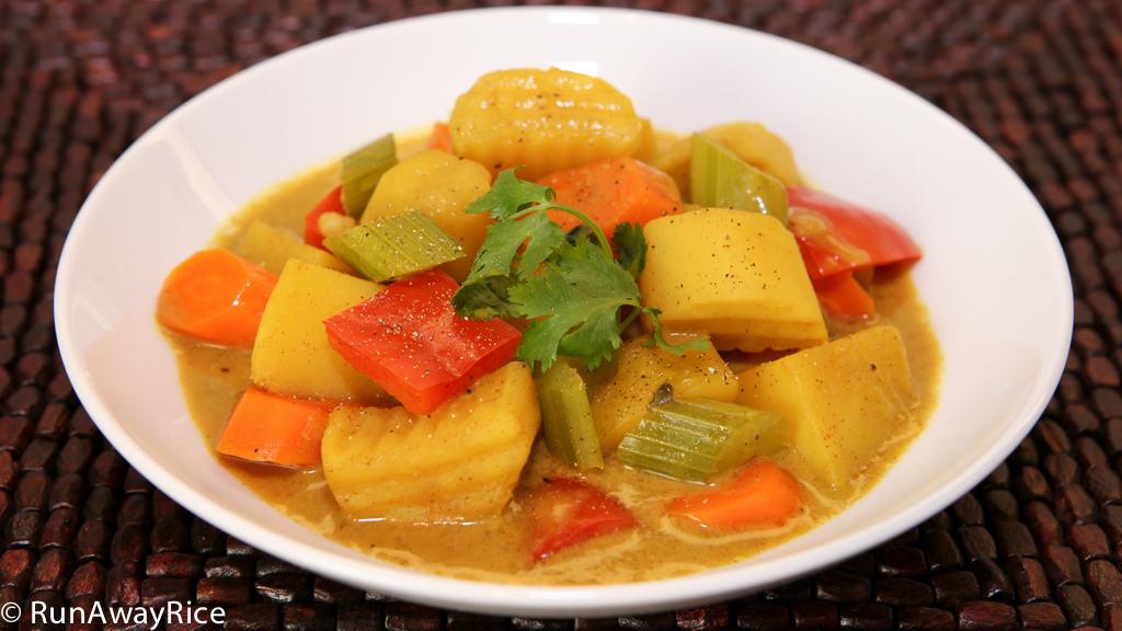 Vegetable Curry (Ca Ri Chay) | RunAwayRice