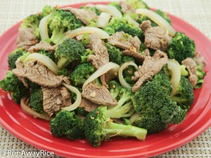 5-Spice Beef and Broccoli-Simply amazing and healthy! | recipe from runawayrice.com