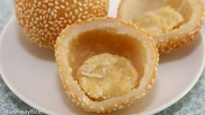 Sesame Balls (Banh Cam) | recipe from runawayrice.com