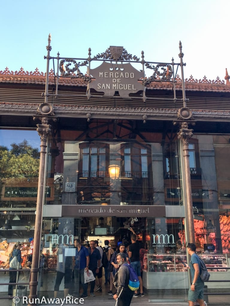 Mercado de San Miguel - Entrance to the market | runawayrice.com