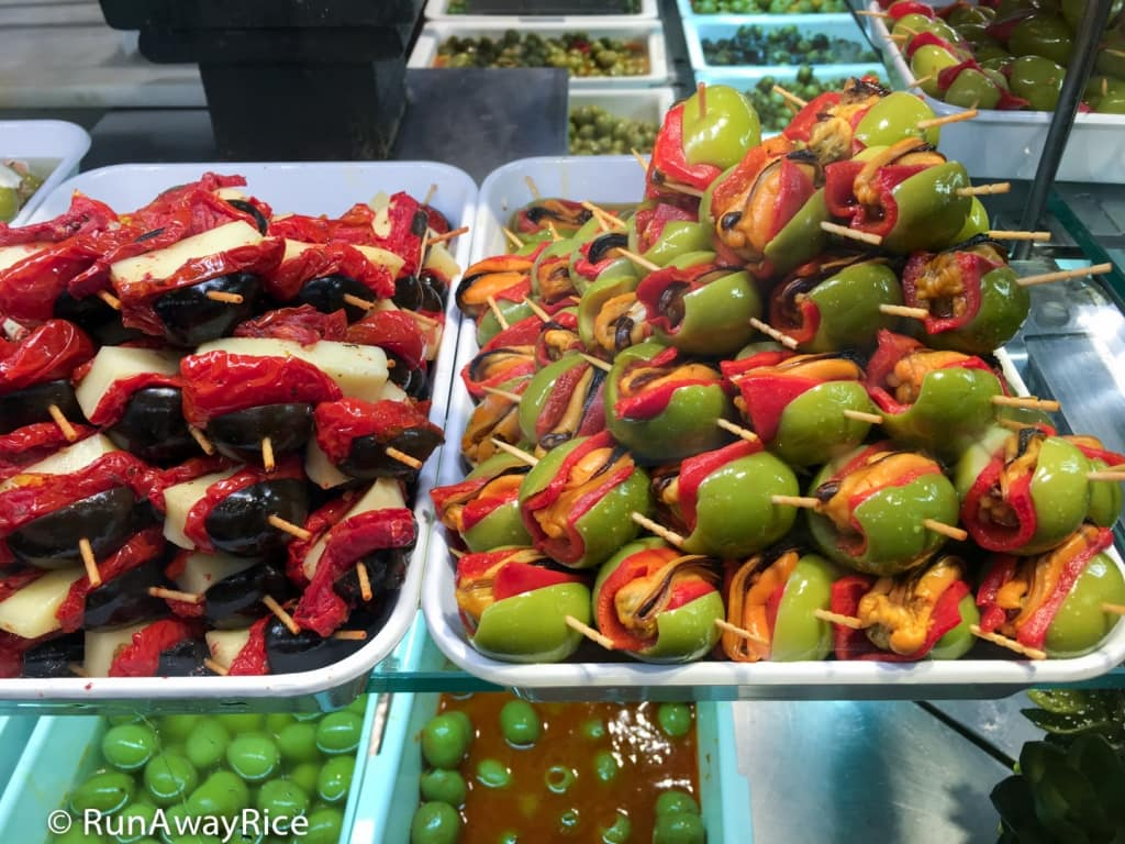 Mercado de San Miguel - Olives Stuffed with Mussels, Cheese and Roasted Red Peppers | runawayrice.com
