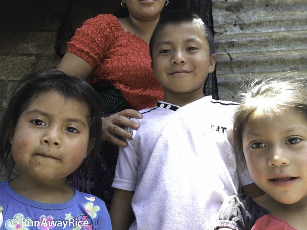 Adorable Guatemalan children | runawayrice.com