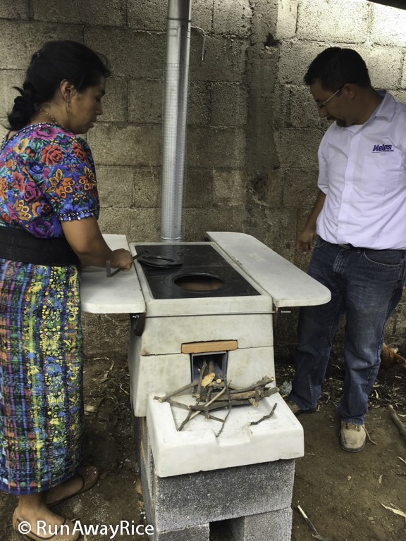 Installing Onil Stove-Building the fire | runawayrice.com