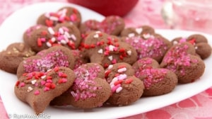 Chocolate Shortbread Cookies for Valentine's Day - cute heart-shaped cookies with candy sprinkles and sanding sugar | recipe from runawayrice.com