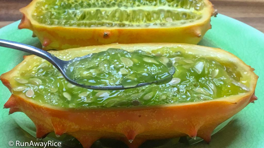 Kiwano Melon / Horned Melon - How to Eat this Funky Looking Fruit | runawayrice.com