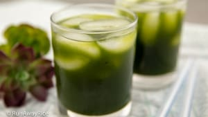 Pennywort Juice (Nuoc Rau Ma) - Quench Your Thirst with This Tasty Green Juice | recipe from runawayrice.com