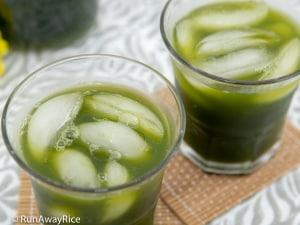 Pennywort Juice (Nuoc Rau Ma) - Super Healthy Green Juice | recipe from runawayrice.com