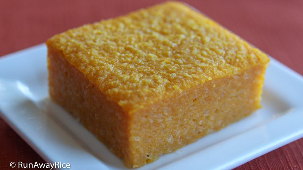 Pumpkin Cassava Cake (Banh Khoai Mi Bi Do) - Love the Flavors in This Cake | recipe from runawayrice.com