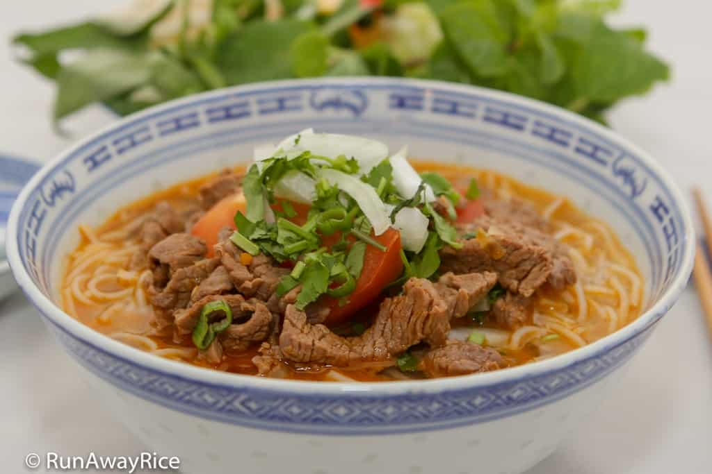 Spicy Beef Noodle Soup (Bun Bo) - Quick and Easy Recipe | recipe from runawayrice.com