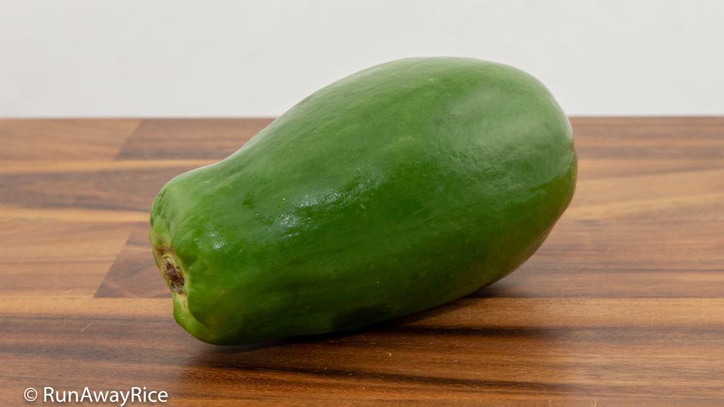 Carrot and Papaya Pickles (Do Chua Ca Rot Du Du) - Delicious Green Papaya Recipe | recipe from runawayrice.com