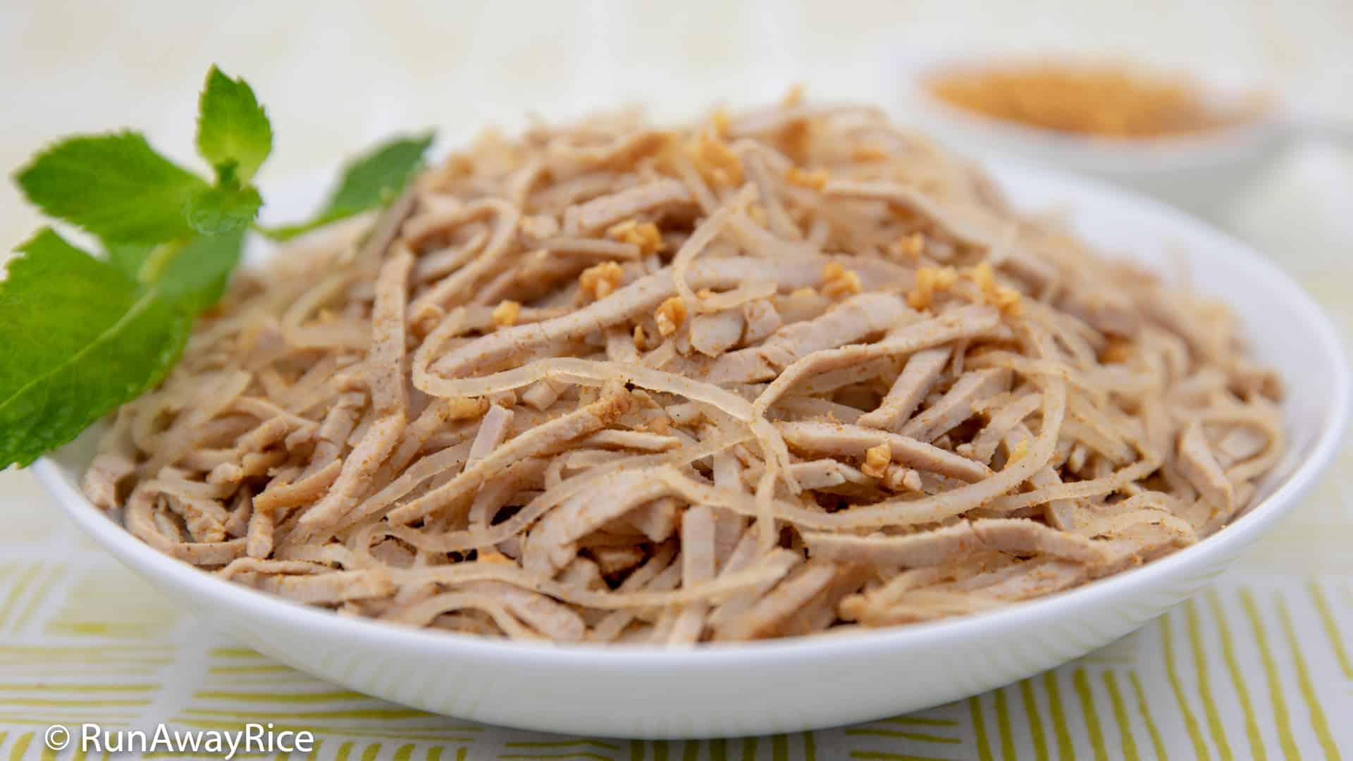 Shredded Pork Skin (Bi Heo) - One of the BEST Vietnamese Dishes!   recipe from runawayrice.com