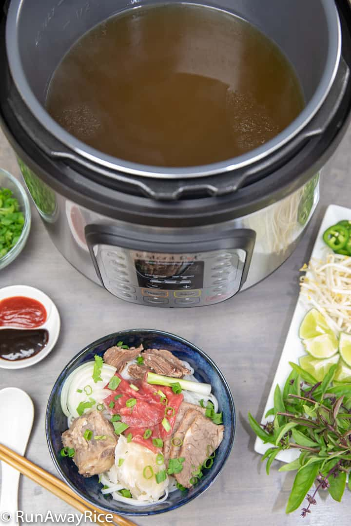Instant Pot Beef Pho / Vietnamese Beef Noodle Soup - Recipe with Video