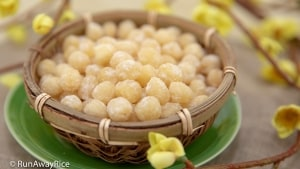 Candied Lotus Seeds (Mut Hat Sen) - Delicious Tet / Lunar New Year Treat!   recipe from runawayrice.com