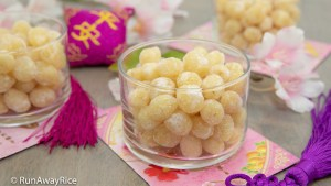 Candied Lotus Seeds (Mut Hat Sen) - Delicious Tet / Lunar New Year Treat! | recipe from runawayrice.com
