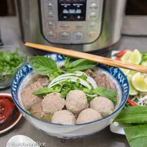 Instant Pot Beef Meatball Pho - Easy Recipe, Authentic Flavors | recipe from runawayrice.com