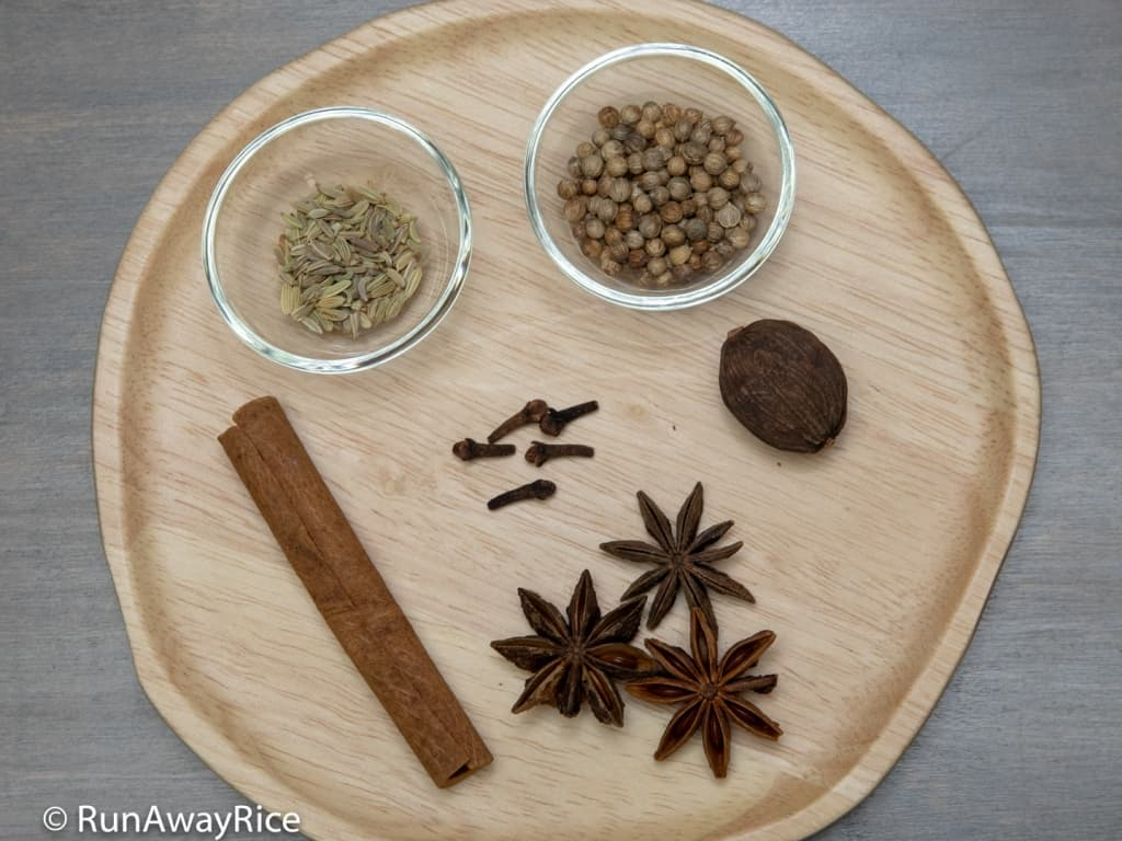 Essential Pho Spices Guide, Tips and Tricks for Amazing Broth | runawayrice.com